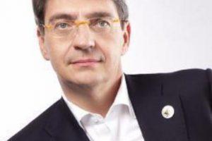 Sindaco di Brescia: 'Mi chiedo se esista il SSN?'